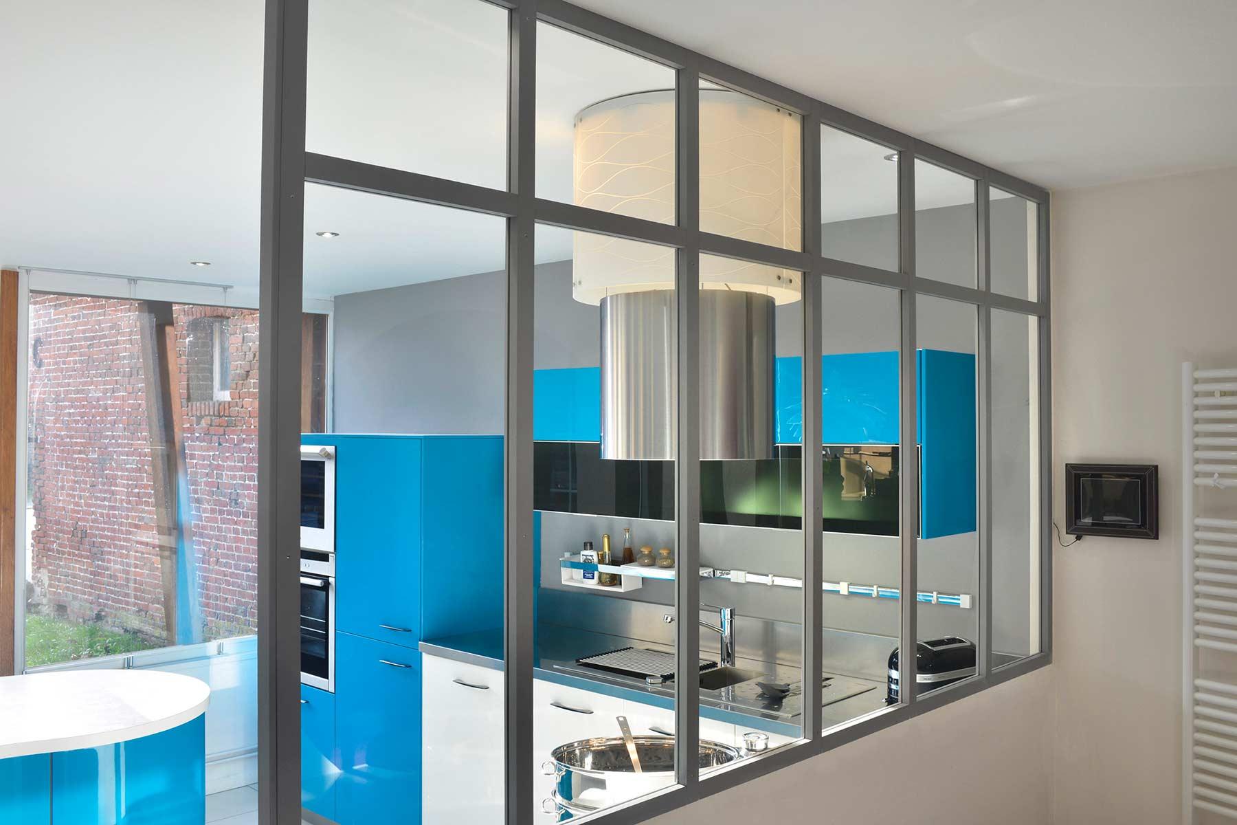 votre atelier d 39 artiste lumineux et de qualit embois verri re. Black Bedroom Furniture Sets. Home Design Ideas